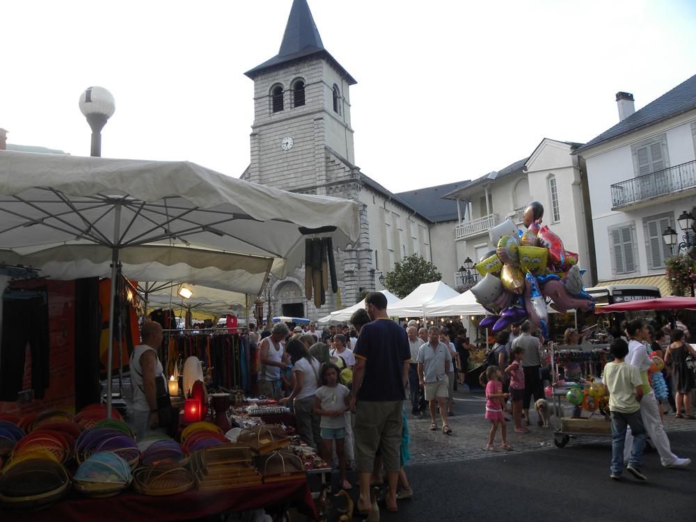 Image result for marché de nuit à Argeles Gazost (65)