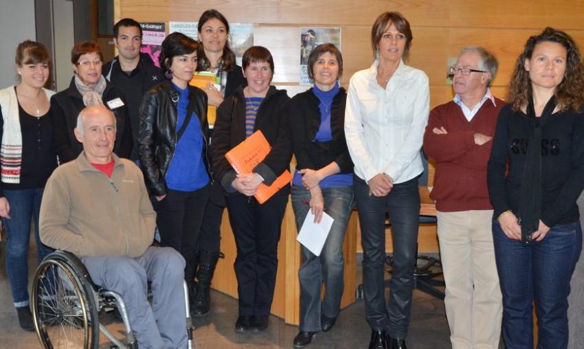 Label tourisme handicap une d l gation d 39 offices de tourisme argel s gazost actualit s - Argeles office du tourisme ...