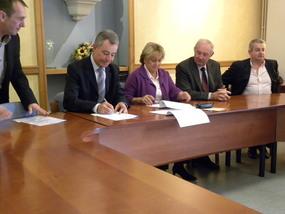 Signature du contrat triennal entre le Conseil Général et la Commune d'Argelès pour la mise en oeuvre du Fonds d'Equipement Urbain